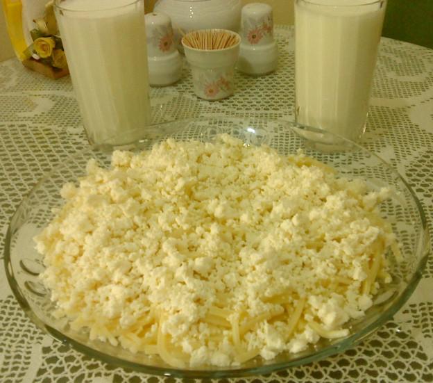 Peynirli Erişte