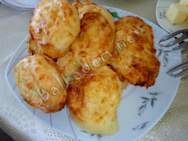 Peynirli Buzlu Börek
