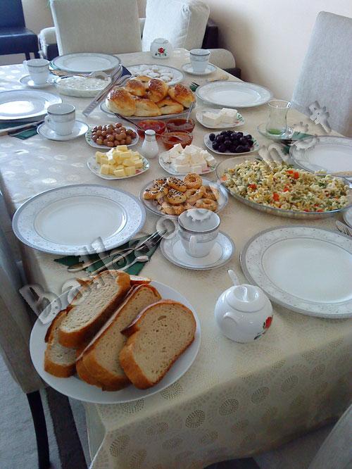 Gülşen'in Kahvaltı Sofrası