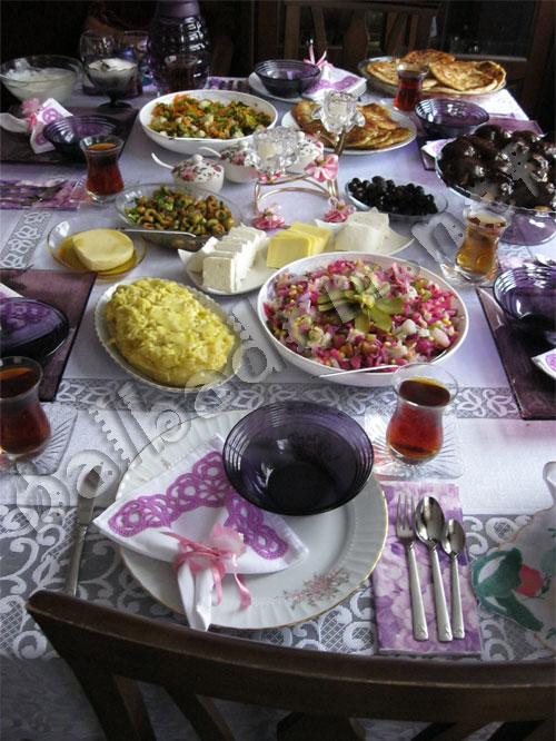 Hümeyra'nın Çarşamba Kahvaltısı