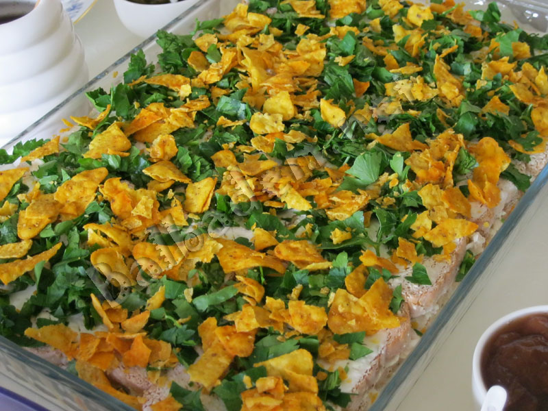 Etimekli Tavuk Salatası