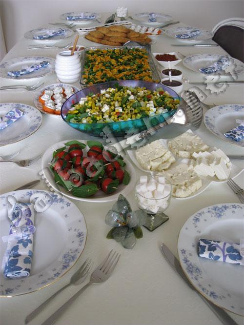 Güzin Ablamın Kahvaltı Sofrası