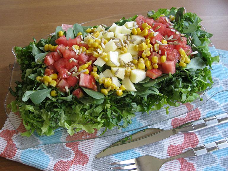 Taze Yeşil Salata