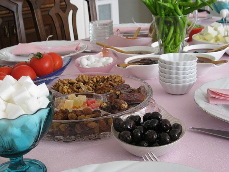Salı Kahvaltı Sofram(ız)