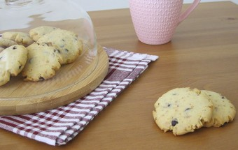 Damla Çikolatalı Fındıklı Cookies